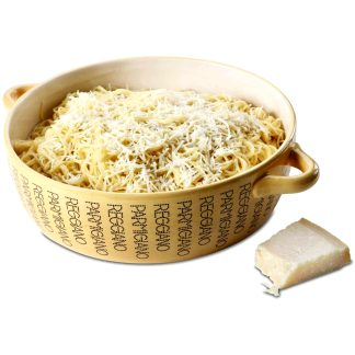 Cuenco parmesano para servir espaguetis en la cocina, Boska, recetas de cocina