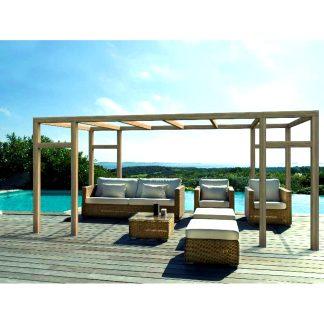 Pérgola de madera laminada autoportante Granada fabricada con madera de abeto laminado con certificación